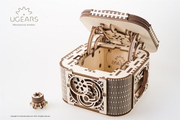 Ugears Treasure Box DSC8542